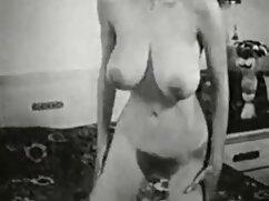 Cortar un laberinto con un videos de sexo entre hombres y mujeres gallo en la casa.