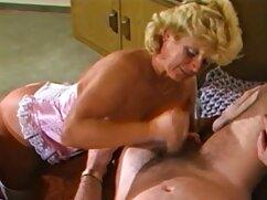 Piel marrón muy claro color de pelo masturbación videos de mujeres casadas infieles con la mano