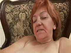 Madura pelirroja mujer se traga maduras porno infieles dos pollas.